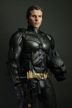 Christian Bale as Batman in the movie The Dark Knight Rises Batman Vs Superman, Batman Suit, Spiderman, Batman Batman, Batman Robin, The Dark Knight Trilogy, The Dark Knight Rises, Batman The Dark Knight, Heros Comics