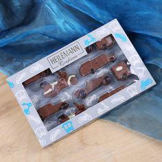 Eine tolle Geschenkidee für alle Oldtime- und Schokoladen - Fans sind die 10 Figuren in Form von Autos und Motorrädern. #Schokolade #Schokofigur
