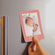Les petits nouveaux rejoignent la grande famille Mon Faire Part !  🎉 Retrouvez dès à présent les magnets à personnaliser sur le e-shop. Faire Part Chic, Faire Part Photo, Frame, Photos, Mariage, Small Boy, Original Gifts, Pictures, Photographs