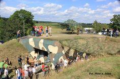15 sierpnia 2014 - Święto Wojska Polskiego - uroczystości przy schronie bojowym nr 52 http://www.wiadomosci24.pl/artykul/swieto_wojska_polskiego_z_piknikiem_w_dobieszowicach_310863.html