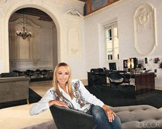 Frida Giannini: Her 12 Must-Haves Boffi, Famous Faces, Elle Decor, Life Is Beautiful, Industrial Style, Must Haves, Celebrity Style, Flooring, Interior Design