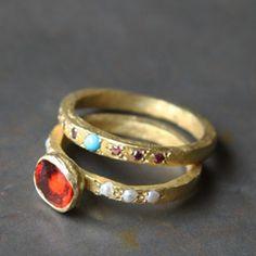 Alliance or turquoise et diamants pourpres