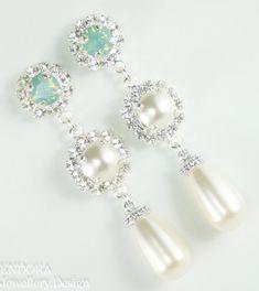 Ivory and aquamint Swarovski teardrop pearl earrings |#EndoraJewellery | Bridal earrings Bridal jewelry