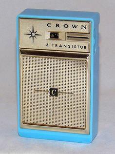 Vintage Crown Transistor Radio, Model AM Band, 6 Transistors, Made In Japan, Circa 1963 Phone Sounds, Home Theater Sound System, Wireless Music System, Art Deco Kitchen, World Radio, Antique Shelves, Pocket Radio, Retro Radios, Antique Radio