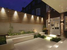 Charlotte Rowe used LED lighting and Swarovski crystals in the courtyard of a Chelsea house Garden Design Glow in the dark: night garden illumination Fence Lighting, Backyard Lighting, Exterior Lighting, Outdoor Lighting, Lighting Design, House Lighting, Landscape Lighting, Modern Lighting, Outdoor Sconces