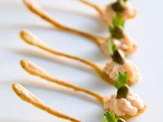 Receita Aperitivo : Colherinhas de mostarda com musse de salmão defumado de Luciano Lunkes                                                                                                                                                     Mais