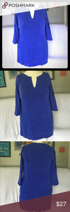 J. Crew 100% Cotton Royal Blue Tunic Gorgeous royal blue thick cotton tunic from J crew. I so badly wish this one fit me!! The photo makes it look like there is a spot on the shirt, but there isn't. The material looks like slub but is thicker. Excellent condition! J. Crew Tops Tunics