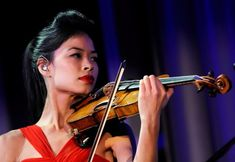 TWorld-Renowned Violinist Vanessa-Mae Qualifies For The Sochi Olympics In Skiing Folk Music, My Music, Lolo Jones, Liberal Education, Electric Violin, Olympic Athletes, Easy Listening, Olympics, Musicals