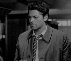 """He's got that eyerolling from Dean. """"So Over It"""" Castiel"""