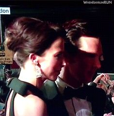 Benedict and Sophie on the red carpet at BAFTA's  2015 - awh!!! :) MUERO DE AMORS