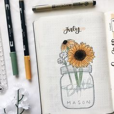 23 Stunning Sunflower Themed Bullet Journal Layout and Spread Ideas Bullet Journal Monthly Spread, Bullet Journal Cover Page, Bullet Journal 2019, Bullet Journal Hacks, Bullet Journal Themes, Bullet Journal Layout, Journal Covers, Bullet Journal Inspiration, Filofax