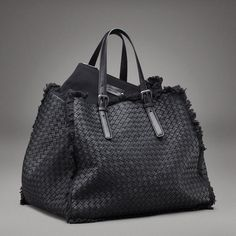 something to go with this bag... (bottega veneta)  Classic