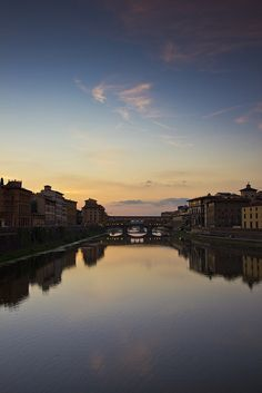 Florence - Ponte Vecchio_13 by andyoafmcgarry, via Flickr Tuscany