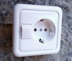 VEDDER Steckdose mit Schalter (Aus- / Wechsel-Schalter) uP komplett m.Rahmen | eBay