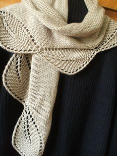 Free knitting pattern for a leaf bordered shawl Garden View Shawlette | Lace Shawl Knitting Patterns at http://intheloopknitting.com/lace-shawl-and-wrap-knitting-patterns/