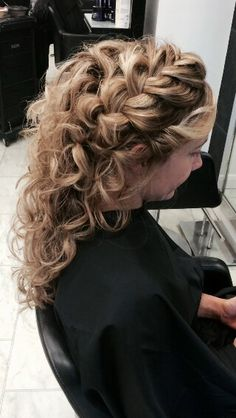 Gorgeous bridal hair up by Helen