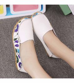 Women's #white flower print leather slip on shoe #loafers, sewing thread design, floral print, casual leisure occasions.