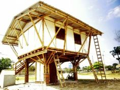 In addition to helping families cope with rain and flooding, these resilient structures also have good anti-seismic properties and help promote a sustainable pro-poor value-chain in the region.  The houses provide a safe alternative to traditional simple bamboo homes that are often poorly built and highly-susceptible to disasters.