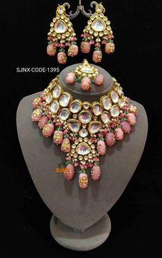 Kundan Jewellery Set, Fancy Jewellery, Stylish Jewelry, Gold Bridal Jewellery, Kundan Set, Resin Jewellery, Fashion Jewelry, Bridal Necklace Set, Bridal Bangles