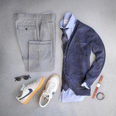Just another manic Monday. Pants: @grayers slim fit wool herringbone Shirt: @ledburyshirts Cardigan: @grayers Tie: @suitsupply via @birchbox @birchboxman Shoes: @nike Killshot 2 for @jcrew Watch/Bracelet: @miansai Glasses: @davidkind