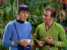 Star Trek They´re in love, aren´t they?!