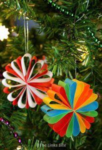 Beautiful Paper Christmas Decorations