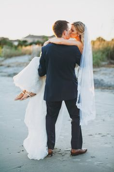 Blush & Champagne Charleston Wedding at Wild Dunes Resort | #WildDunesWeddings | Renee Nicole Design + Photography | http://wilddunesweddings.com