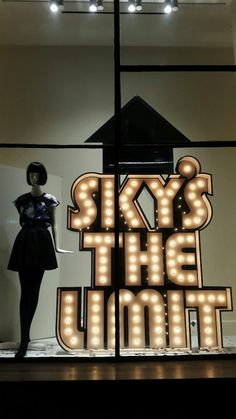 "KATE SPADE, Soho, New York, ""SKY'S THE LIMIT"", pinned by Ton van der Veer"