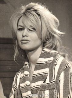 Brigitte Bardot Photo: This Photo was uploaded by Swinging_Sixties. Find other Brigitte Bardot pictures and photos or upload your own with Photobucket f. Brigitte Bardot, Bridget Bardot, Serge Gainsbourg, Marlene Dietrich, Hollywood Actresses, Old Hollywood, Messy Blonde Hair, Jacques Charrier, And God Created Woman