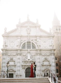 Valentino Inspired Elopement in Venice - Wedding Sparrow - Archetype Photography