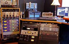 Deep House Music, Recording Studio Home, Studio Gear, Tech House, Electronic Music, Studios, Cool Stuff, Life, Decor