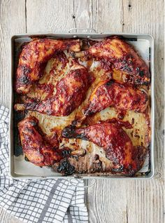Cooking for the entire family but don't have enough time to spend hours in the kitchen? Mary Berry's Honey Chicken is a quick, hassle-free recipe that leaves all the hard work to the oven. Simply combine all the ingredients for the marinade in a large bowl, toss in the chicken legs and leave for 30 mins. Once cooked, serve the roasted chicken legs with the sweet and sour juices, green vegetables and sautéed potatoes.