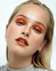 Orange Augen Make-up! Lidschatten, Make-up-Ideen, Make-up-Inspiration, orange Lippenstift Source by Orange Makeup, Blue Eye Makeup, Eyeshadow Makeup, Hair Makeup, Eyeshadows, Glossy Makeup, Shimmer Eyeshadow, Peach Makeup Look, Coral Makeup