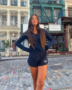 Mellow Picks offers a curated collection of cute, bold, rebellious & statement wardrobe essentials with hundreds of must have looks. Lazy Day Outfits, Cute Casual Outfits, Sporty Outfits, Teen Fashion, Fashion Outfits, Workwear Fashion, Fashion Blogs, Hollywood Fashion, Fashion Trends