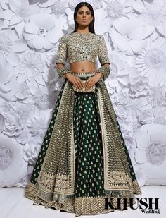 Indian Lehenga Choli Designs For Wedding 2019 Lehenga Choli Designs, Bridal Lehenga Choli, Lehenga Blouse, Silk Lehenga, Indian Wedding Outfits, Bridal Outfits, Indian Outfits, Indian Reception Outfit, Indian Weddings