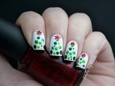 Christmas nail art designs for beginners and experts, including candy cane nails, gingerbread nails and Christmas tree nails. Christmas Tree Nail Designs, Christmas Tree Nails, Holiday Nail Art, Xmas Nails, Diy Nails, Christmas Design, Xmas Trees, Simple Christmas, Easy Christmas Nail Art