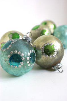 Vintage Glass Christmas Ornaments by retrotreasurehunters on Etsy Antique Christmas, Christmas Past, Vintage Christmas Ornaments, Handmade Christmas, Christmas Tree Ornaments, Christmas Holidays, Christmas Decorations, Vintage Decorations, Christmas Cards