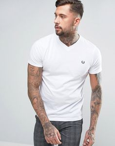 Fred Perry V-Neck Small Logo T-Shirt In White