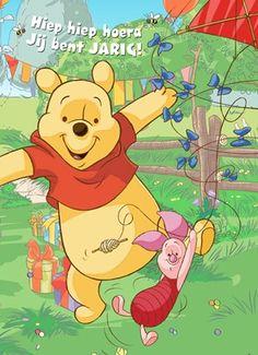 Hiep hiep hoera! Dans met Winnie de Pooh en Knorretje op je verjaardag! #Hallmark #HallmarkNL #disney #feest #Winniedepooh #knorretje