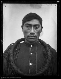 Kwakwaka'wakw (Kwakiutl) man, Vancouver, [1894-1895]
