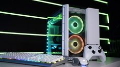 Origin PC's Big O crams a gaming PC a gaming console into the same case. Choose from either an Xbox One S or a PlayStation 4 Pro. Everything is liquid cooled, with an option for Elgato hardware built right in. Xbox One Box, Unbox Therapy, Origin Pc, Line Game, Box Building, Pc Ps4, Stunts, Rigs, The Originals