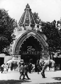 Budapest Zoo - a typical example of Hungarian Art Nouveau Old Pictures, Old Photos, Anno Domini, Five In A Row, Most Beautiful Cities, Budapest Hungary, History Museum, Capital City, Homeland