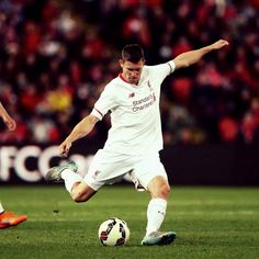 James Milner in action against Brisbane Roar. . . جيمس ميلنر أمام بريزبن رور.  #ليفربول#liverpool#lfc#ynwa #reds