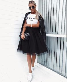 Pin by candy collazo on summer outfits Black Tulle Skirt Outfit, Tulle Skirt Dress, Tutu Skirt Women, Dress Up, Modest Outfits, Skirt Outfits, Casual Dresses, Casual Outfits, Modest Clothing