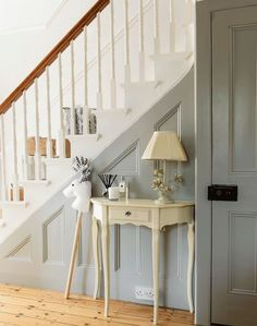 Turn a traditional hallway into an elegant and airy space that's full of light b. Turn a traditional hallway into an elegant and airy space that's full of light by painting the walls and staircase white Painted Staircases, Painted Stairs, Painted Panelling, Wall Panelling, Bannister Ideas Painted, Grey Hallway, Hallway Paint, Victorian Hallway, 1930s Hallway