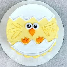 Rec Easter Cupcakes, Easter Cookies, Easter Cake, Cakes To Make, Desserts Ostern, Fun Desserts, Mini Cakes, Cupcake Cakes, Sheet Cake Designs
