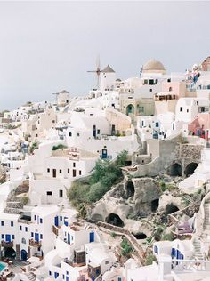 santorini, greece by kate holstein Places Around The World, Oh The Places You'll Go, Places To Travel, Places To Visit, Dream Vacations, Vacation Spots, Les Balkans, Travel Photographie, Magic Places