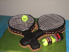 tennis rackets cakes Tennis Party, Sports Party, Play Tennis, Cupcake Cookies, Cupcakes, Cake Kids, Creative Cakes, Rackets, Tennis Racket