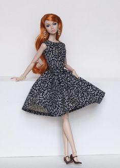 now on ebay: www.ebay.com/sch/i.html?_from=R40&_trksid=m5… | Flickr Bristol Bridge, Fashion Dolls, Barbie Dolls, Poppies, Royalty, Doll Dresses, Ebay, Clothes, Vintage