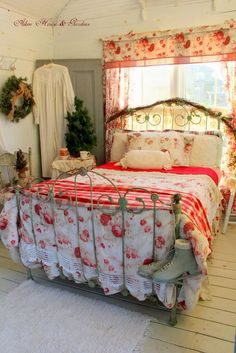 An adorable cottage-style bedroom